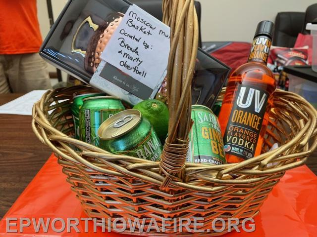 Moscow Mule Basket Brenda and Marty Oberfoell